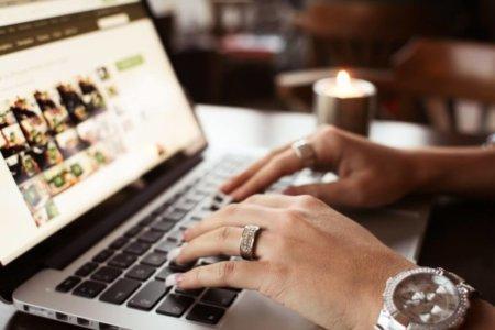 Dating qualcuno utilizzando steroidi Profilo di esempio per il sito di incontri online